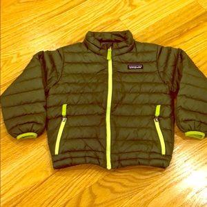 KIDS Patagonia size 4T down sweater jacket